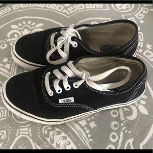 Boys Black Vans size 2.5